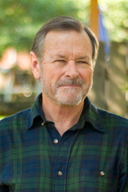Clive Algar